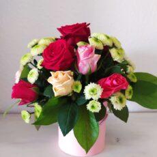 Blomsterbokse og dekorationer